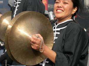 Cymbal playing!